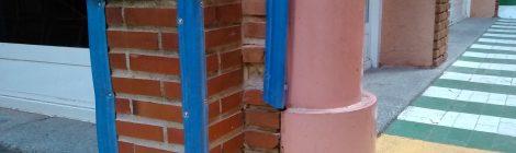 Acolchamiento de esquinas del patio de infantil